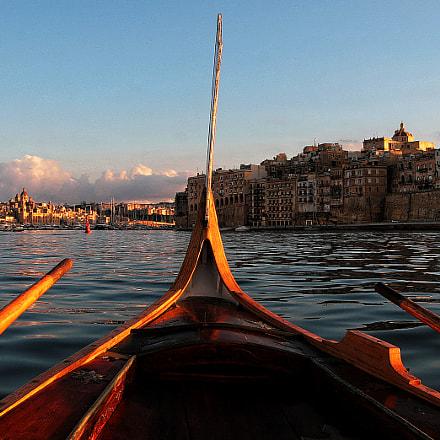 At the boat, Canon EOS 30D, Canon EF-S17-85mm f/4-5.6 IS USM