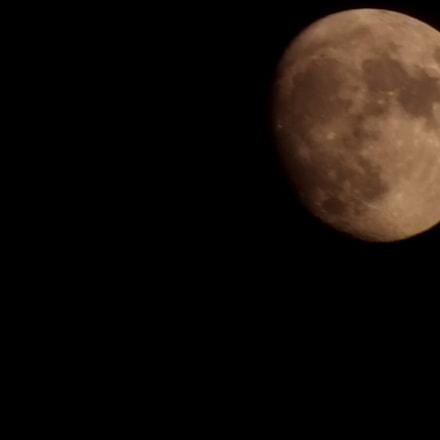 Moon, Fujifilm FinePix HS20EXR