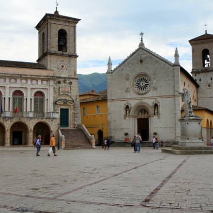 Memory of Norcia, Canon EOS 7D, Canon EF-S 17-55mm f/2.8 IS USM