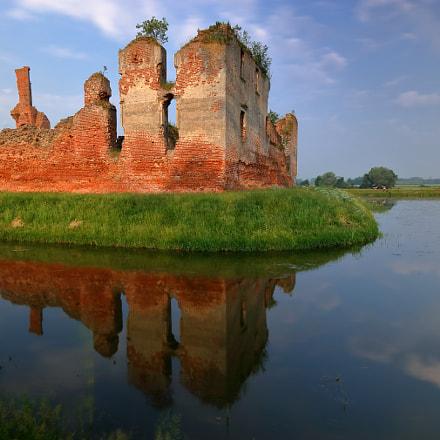 (Romantic ruins), Canon EOS 750D, Canon EF-S 10-22mm f/3.5-4.5 USM