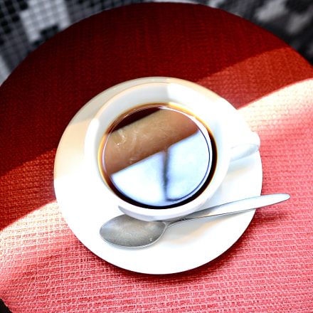 Light & shadow in coffee, Canon EOS KISS M