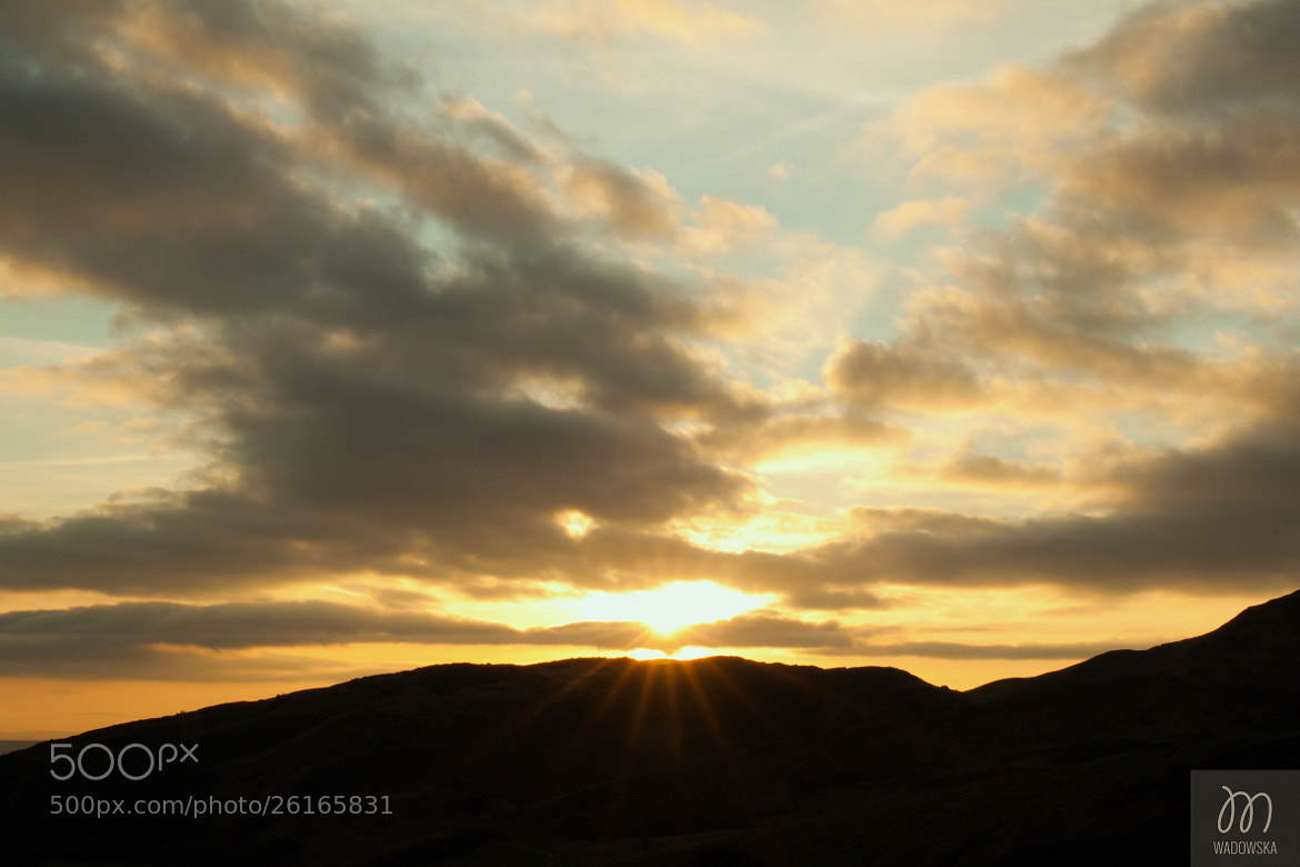Photograph sunrise over Arthur Seat by Monika Wadowska on 500px