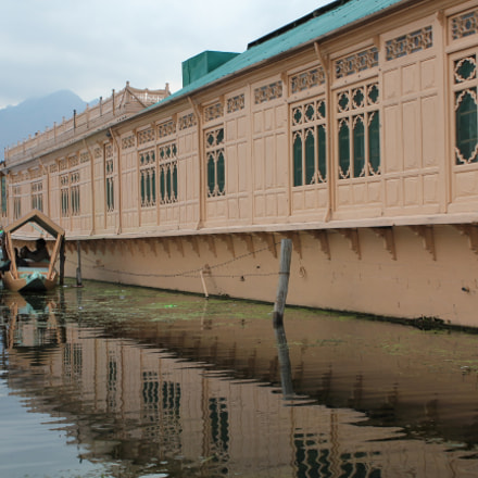 House Boat, Dal Lake, Canon EOS 550D, Canon EF-S 18-55mm f/3.5-5.6 IS II