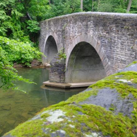 old bridge, Fujifilm X30