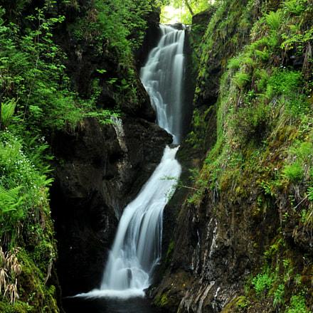 Glenariff waterfall, Nikon D300, AF-S DX VR Zoom-Nikkor 18-55mm f/3.5-5.6G