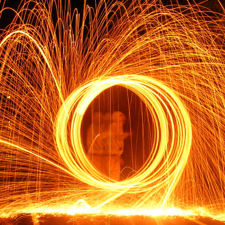 Steel wool photography, Fujifilm FinePix S5700 S700