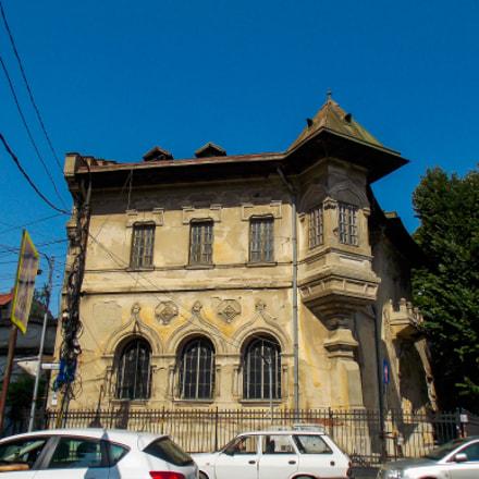 Patrascu House, Nikon COOLPIX L320