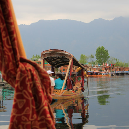 Boating on Dal Lake, Canon EOS 550D, Canon EF-S 18-55mm f/3.5-5.6 IS II