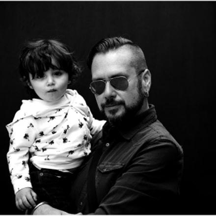 Jesse H and child, Nikon D610, AF Zoom-Nikkor 80-200mm f/2.8D ED