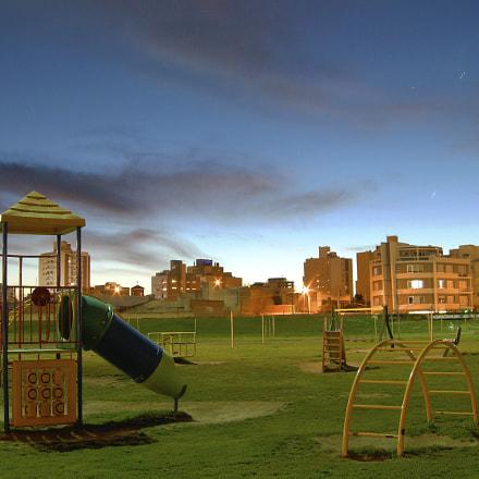 La Plaza, Nikon COOLPIX P5100