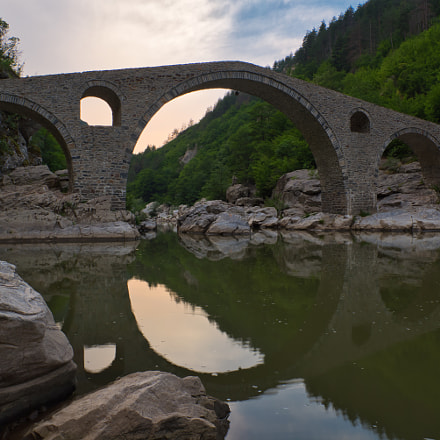 An ancient arch bridge, Nikon D5600, AF-S DX Nikkor 16-80mm f/2.8-4E ED VR