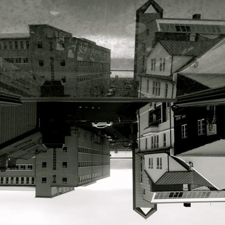 Parallels, Nikon COOLPIX S9300