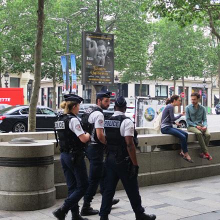 police patrol on the, Canon POWERSHOT S120