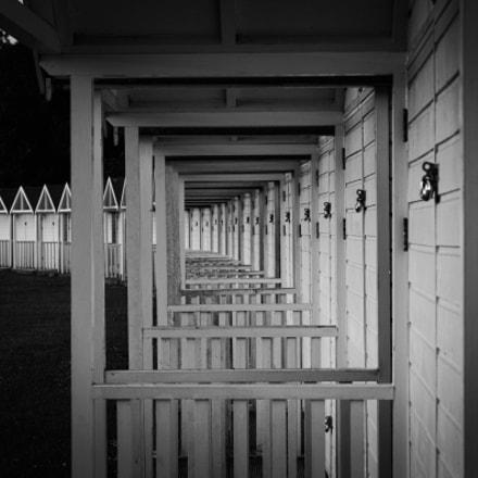 beach huts, Canon EOS 50D, Canon EF 50mm f/1.8 II