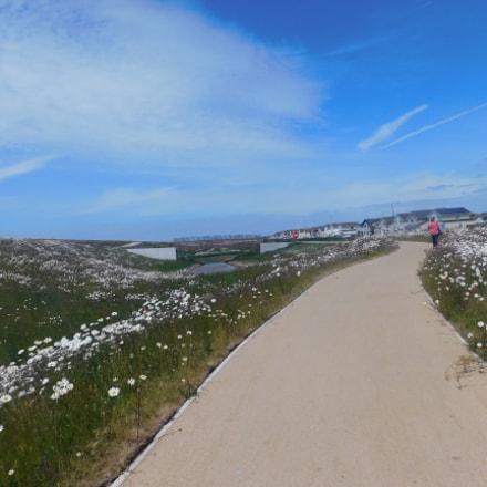 Nice walk.Fleetwood beach, Nikon COOLPIX B500