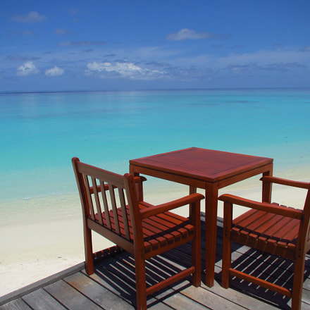 Chill in the Maldives, Canon IXUS 1100 HS