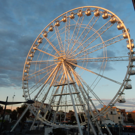 The Grand Roue in, Nikon COOLPIX S9900