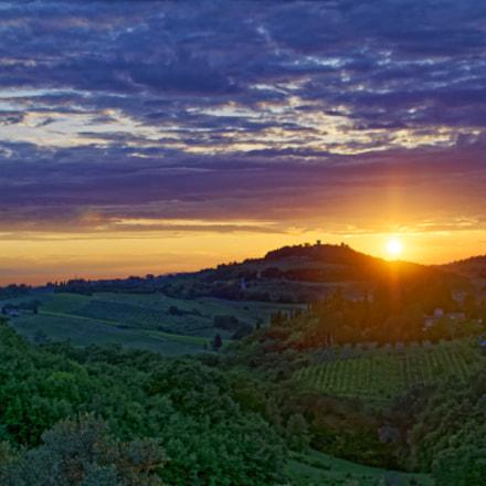 Sunset in Tuscany, Nikon D5000, AF-S DX Nikkor 35mm f/1.8G