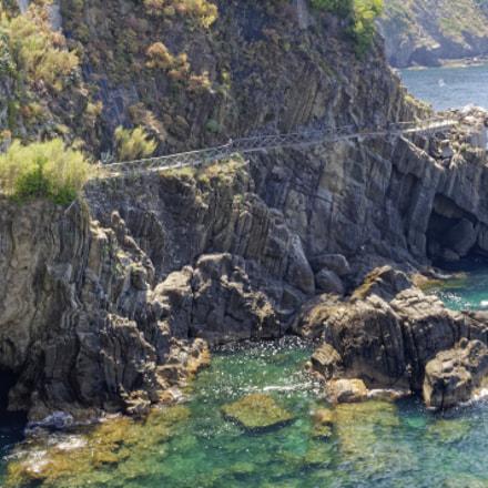 Trail above sea, Nikon D5000, AF-S DX Nikkor 35mm f/1.8G