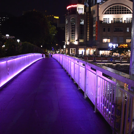 Purple way, Nikon D5200, AF-S DX Nikkor 18-140mm f/3.5-5.6G ED VR