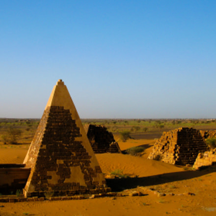 Panorama of Meroe pyramids, Canon POWERSHOT G9