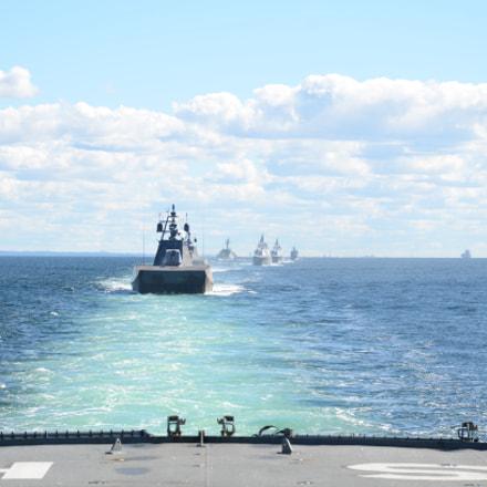 Patrol boats behind frigate, Nikon D7000, AF-S DX VR Zoom-Nikkor 16-85mm f/3.5-5.6G ED
