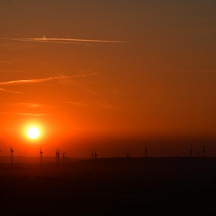 Windräder an Abend, Nikon D7500, AF-S Nikkor 85mm f/1.8G