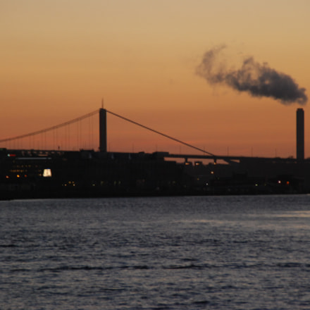 Smoke in the sunset, Nikon D80, Tamron AF 18-200mm f/3.5-6.3 XR Di II LD Aspherical (IF) Macro (A14)
