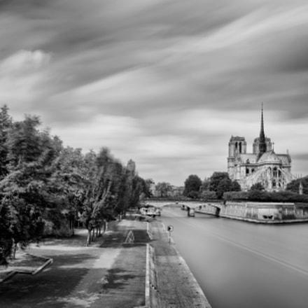 Spring in Paris, Fujifilm X100S
