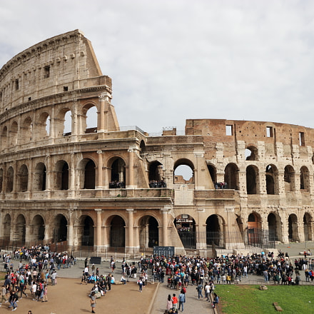 Il Colosseo, Canon EOS 80D, Canon EF-S 10-18mm f/4.5-5.6 IS STM