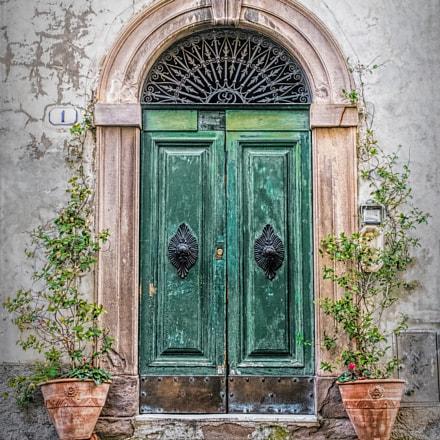 Italian Green Door, Canon POWERSHOT G5 X