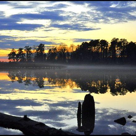 Back River, Nikon D90, AF-S DX VR Zoom-Nikkor 18-105mm f/3.5-5.6G ED