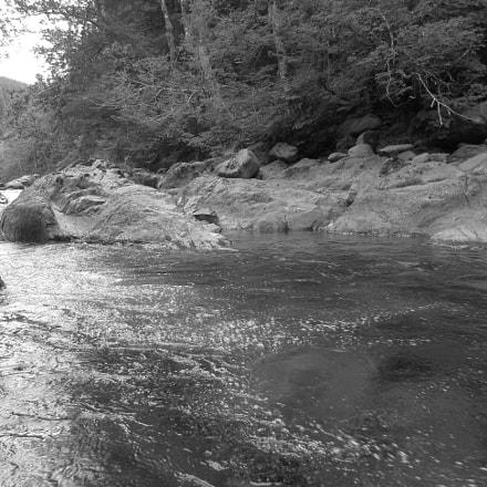 B&W River Scene, Canon POWERSHOT ELPH 360 HS