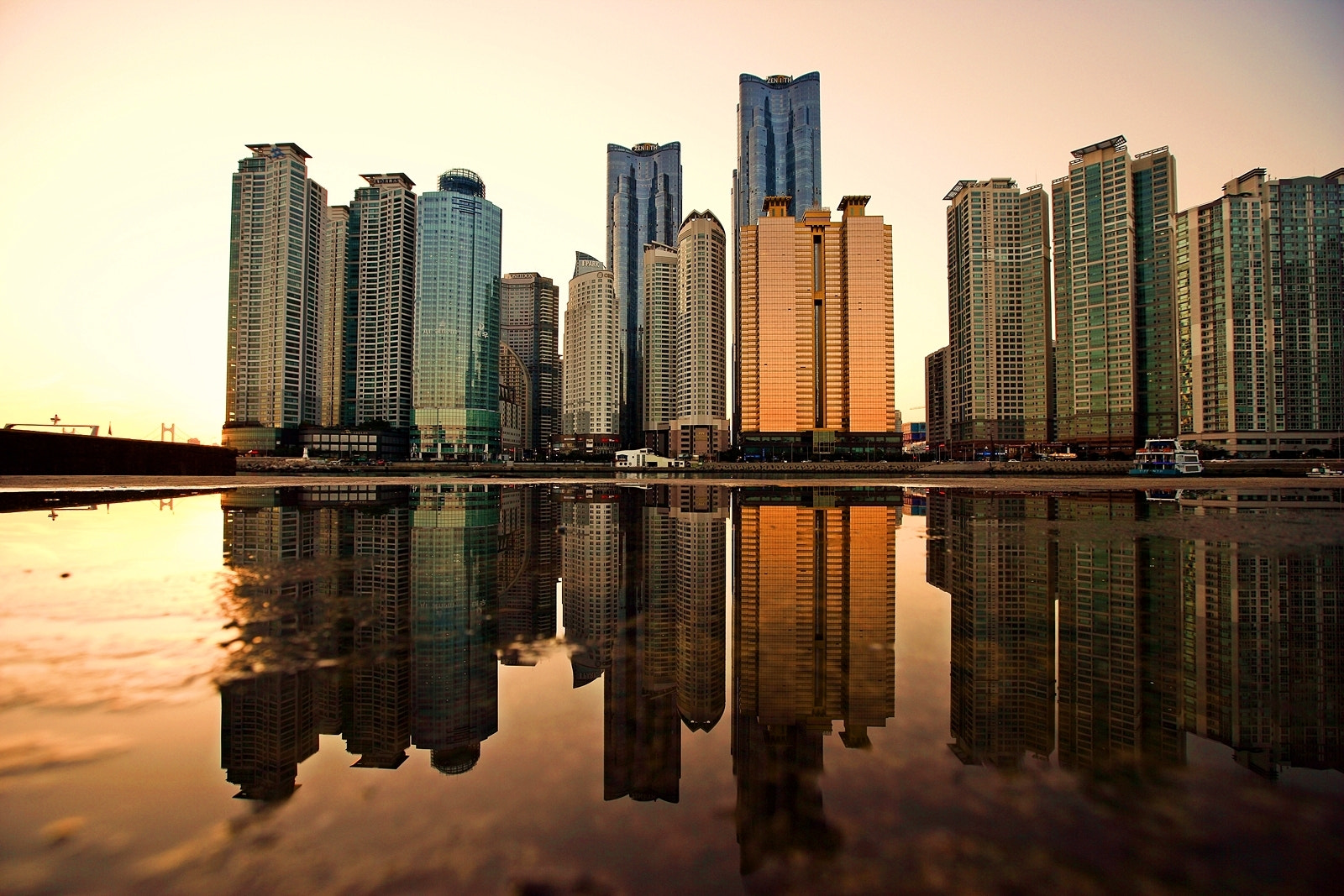Photograph Marine City GoldenTime Reflection by RYNTEN  on 500px