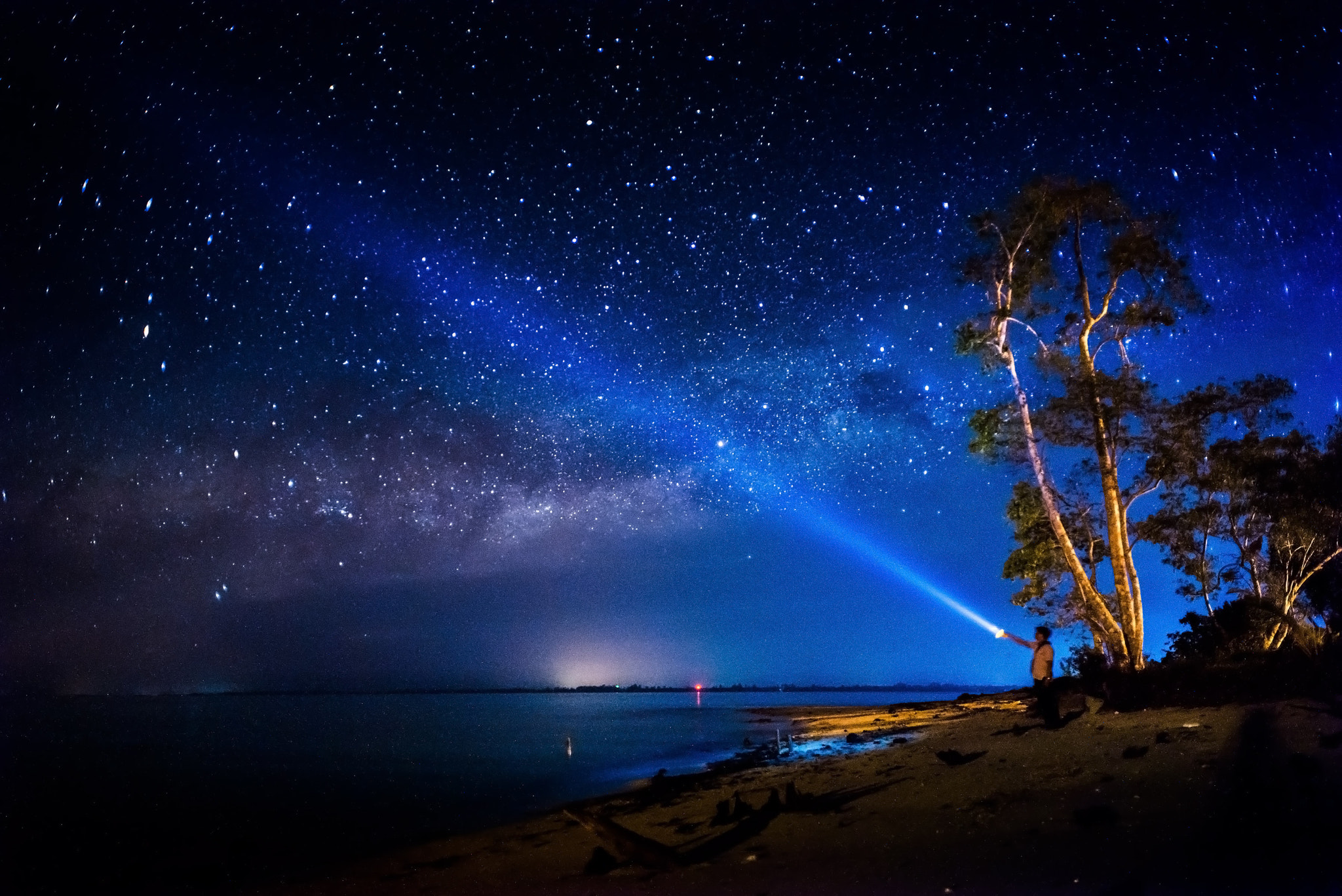 Photograph Light Saber & Milky Way by Esmar Abdul on 500px