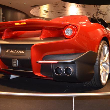 Ferrari F12 TRS, Nikon D5100, AF-S DX VR Zoom-Nikkor 18-55mm f/3.5-5.6G