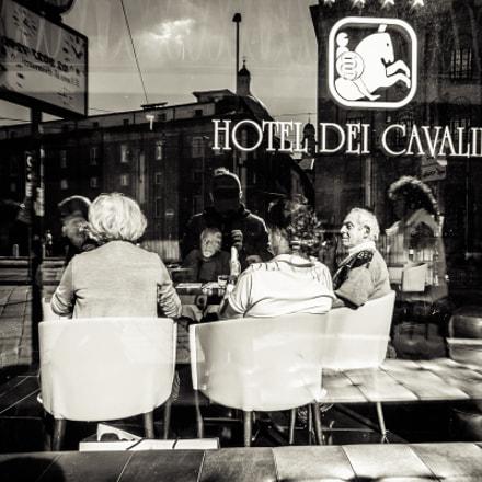 Milano - Piazza G, Fujifilm X70