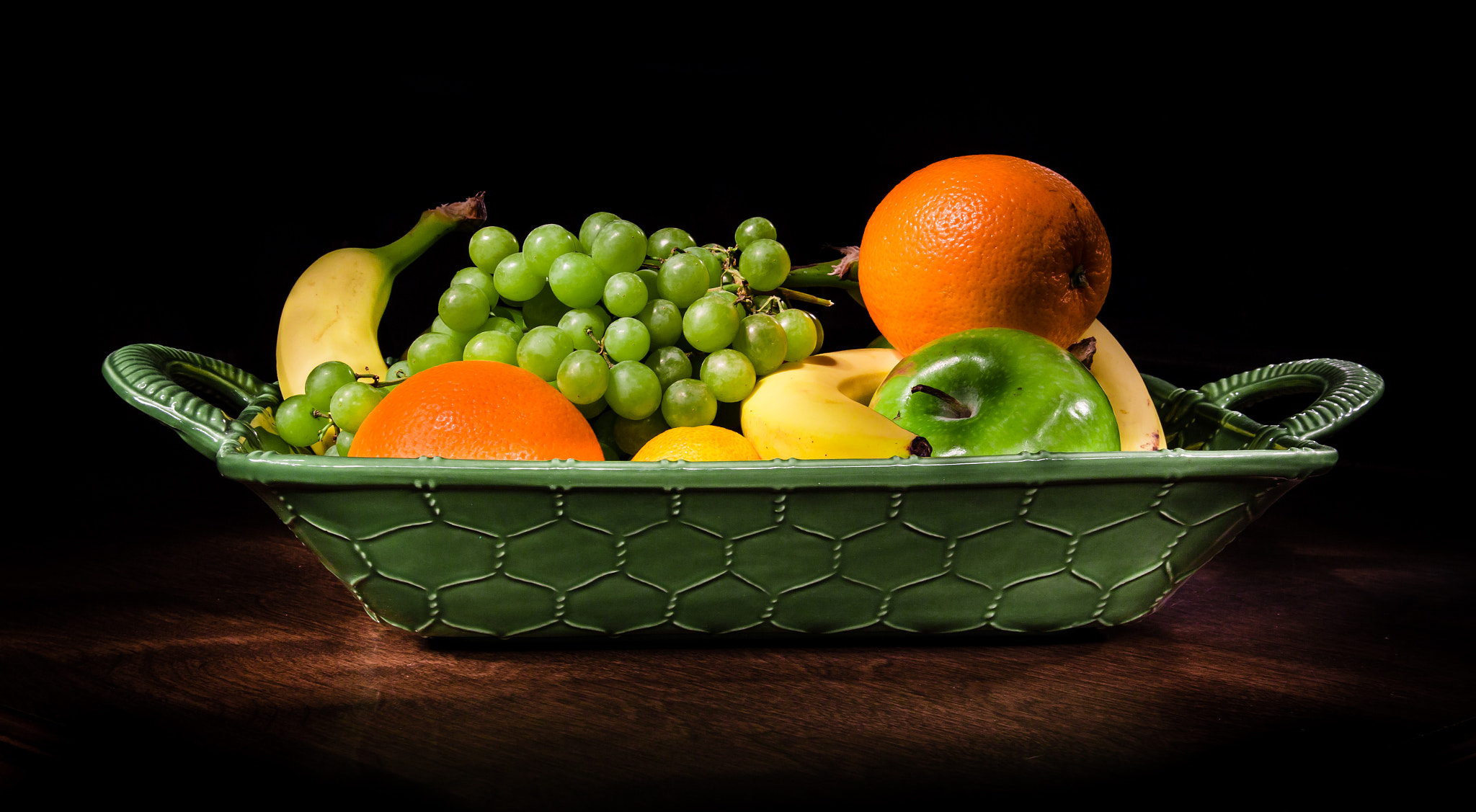 Photograph Fruit Basket by Jeremiah Kuehne on 500px