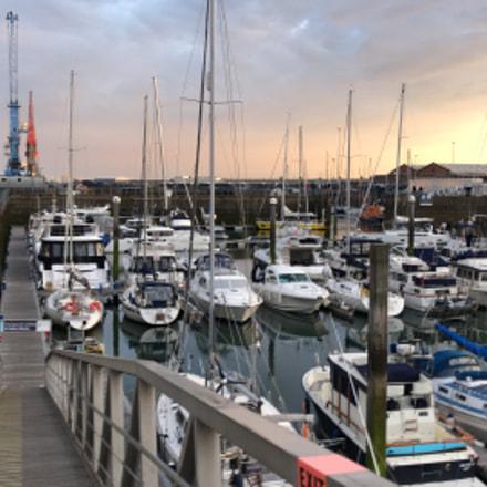 Sunset in the marina, Apple iPhone 8