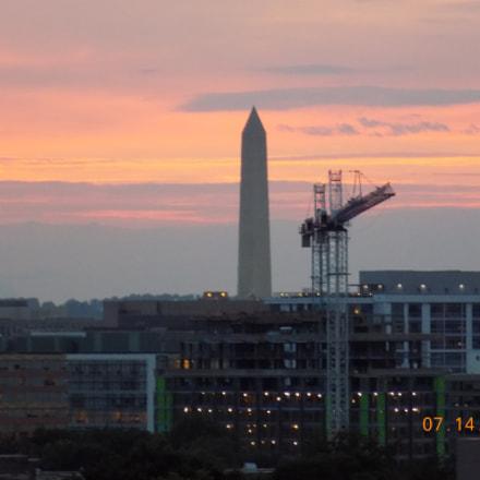 The Washington monument , Nikon COOLPIX L340