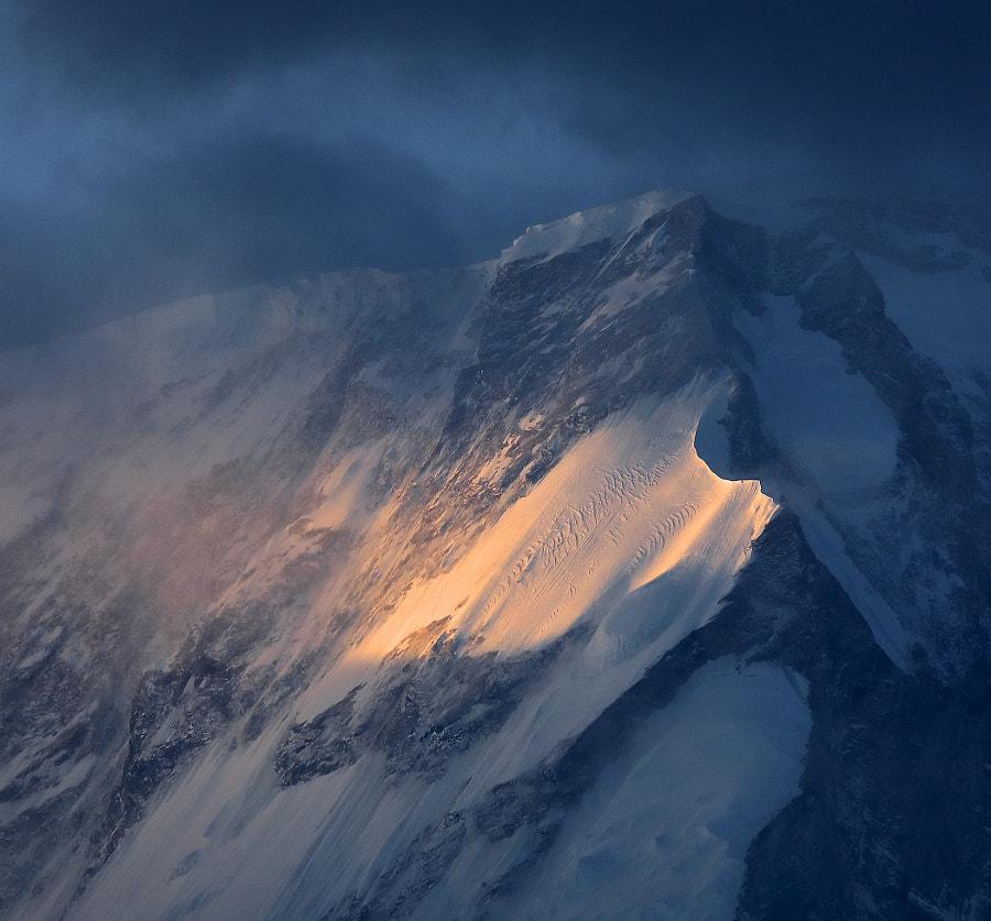 An alarming morning in the Himalayas, автор — Сергей К на 500px.com