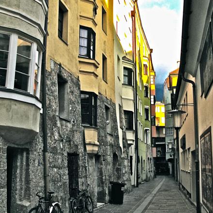 Innsbruck in the Altstadt, Canon POWERSHOT G9