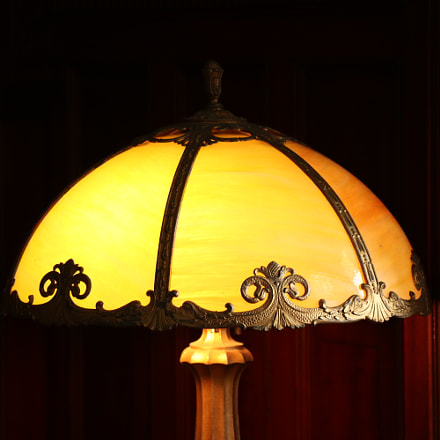royal lamp, Canon EOS 80D, Canon EF-S 18-135mm f/3.5-5.6 IS USM