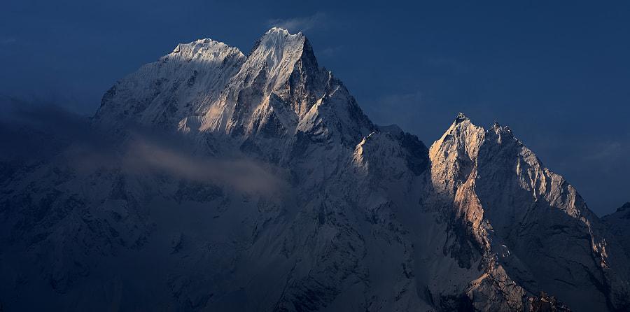 Sunrise in the Himalayas, автор — Сергей К на 500px.com