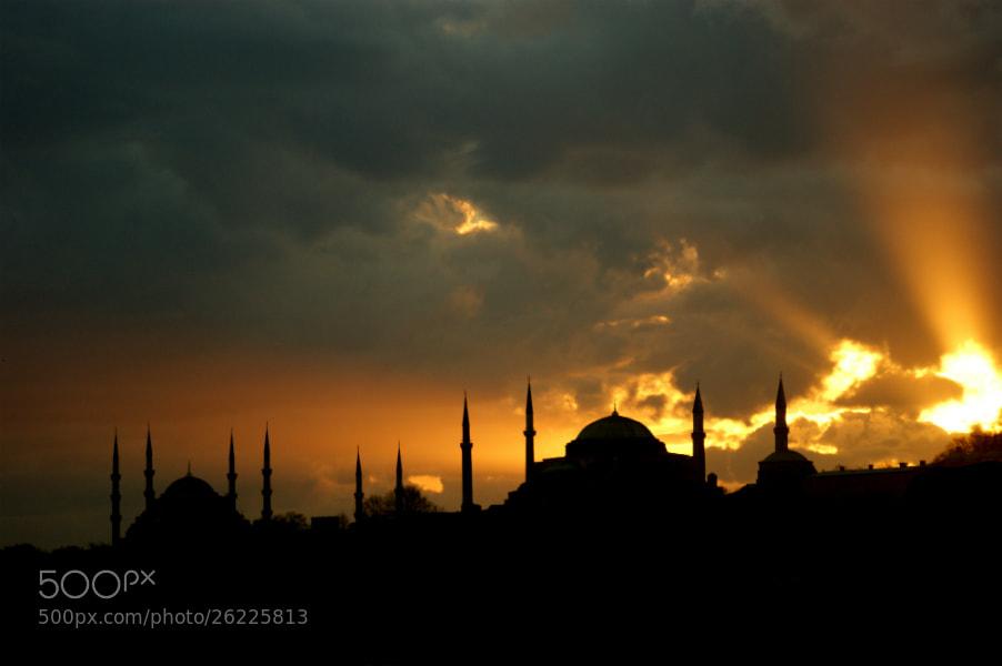 Photograph İstanbul by Haydar AŞIGÜL on 500px