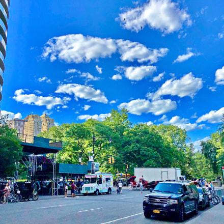 Street Scene, Apple iPhone X