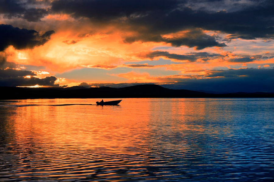 安第斯高原明珠-的的喀喀湖日落Sunset at lake titicaca, автор — Jack  на 500px.com