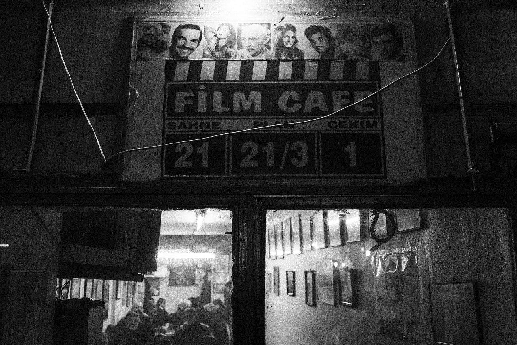 Photograph film cafe, istanbul, 2013 by  momofuku on 500px
