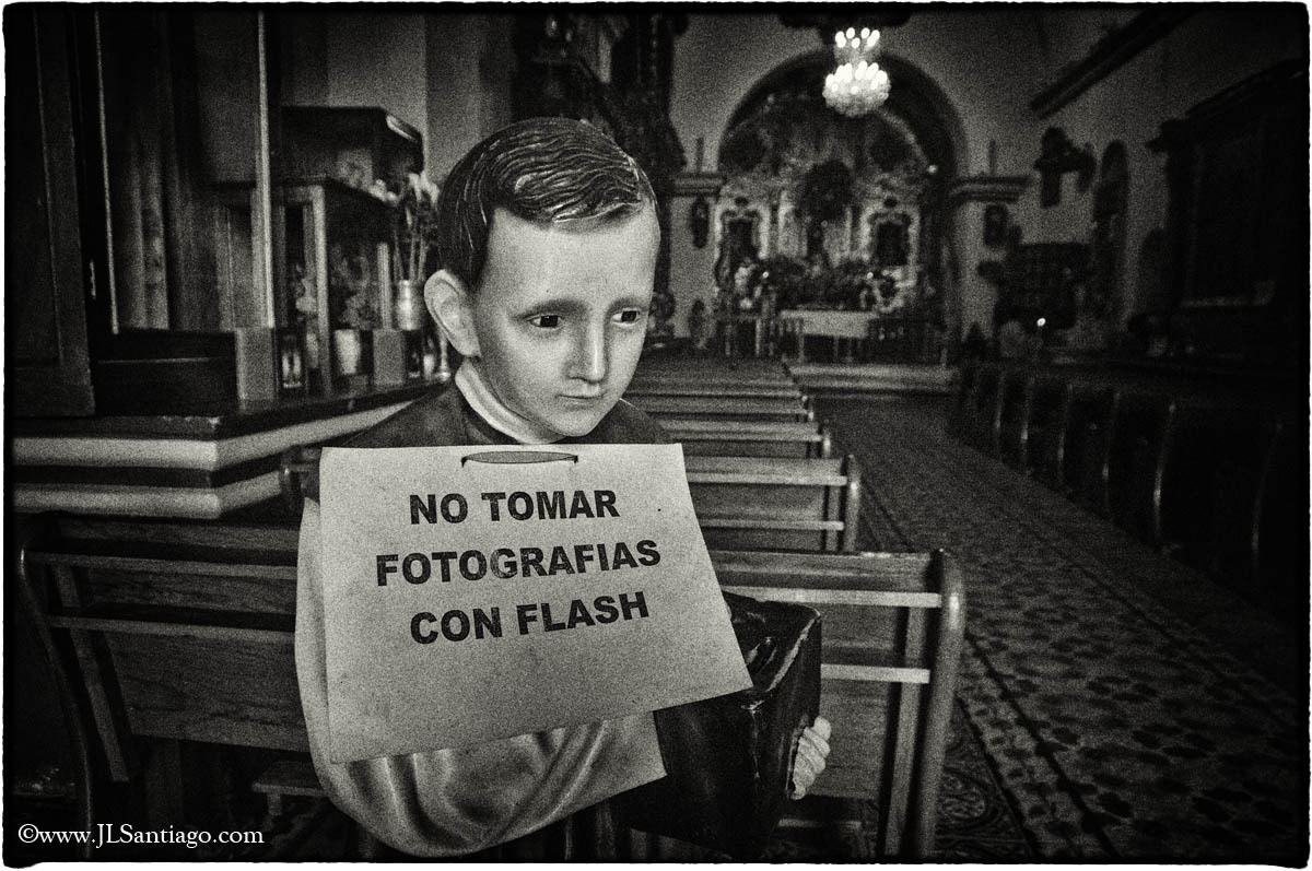 Photograph no flash allowed by jlsantiago on 500px