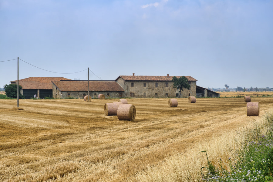 Farm near Zaffignana (Piacenza, Italy) by Claudio G. Colombo on 500px.com